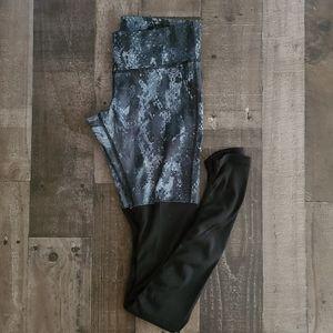 ALO Goddess Leggings Black Python / Glossy Black